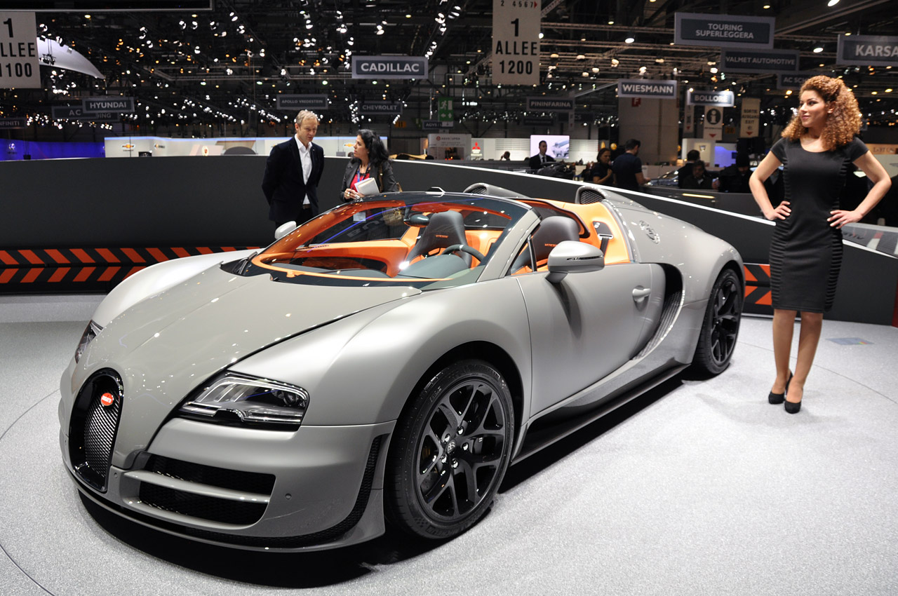 meet the bugatti veyron 16 4 grand sport vitesse at the 2012 geneva motor show blog purentonline. Black Bedroom Furniture Sets. Home Design Ideas