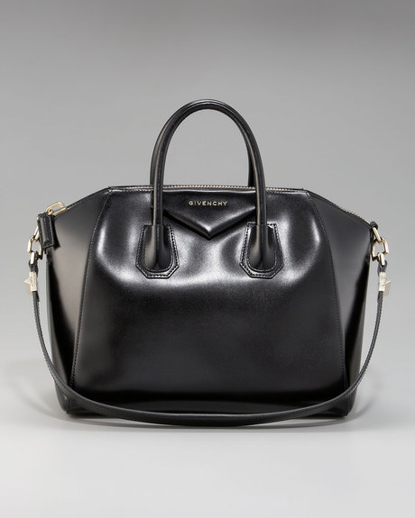 aa206eaedf4a ... The Givenchy Antigona duffle bag collection Blog Purentonli buy online  0ad01 599f4  Special Price Womens Bags ...