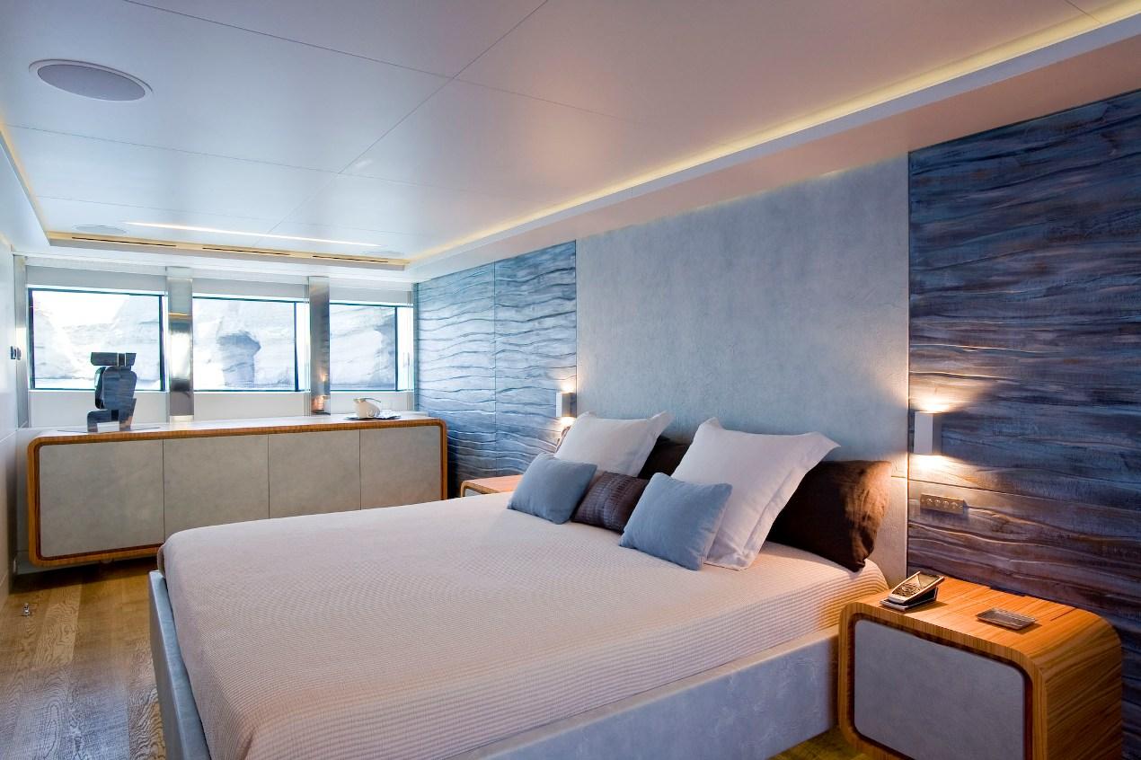 PANTHER II luxury motor yacht pic 10