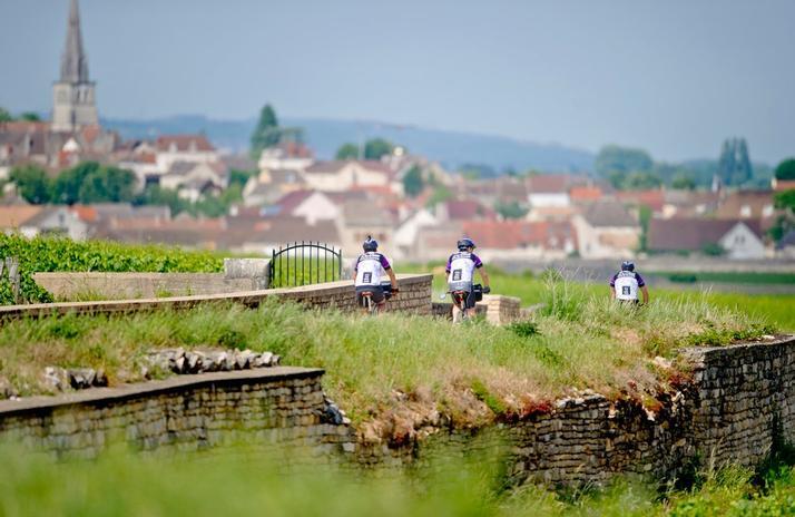Burgundy Bike Tour cycling vacation France 01