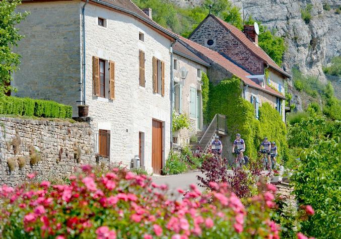 Burgundy Bike Tour cycling vacation France 10