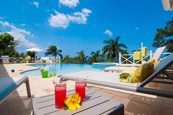 5-bedroom villa for rent in Montego Bay Jamaica 01