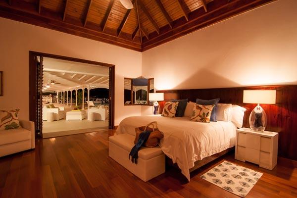 5-bedroom villa for rent in Montego Bay Jamaica 04