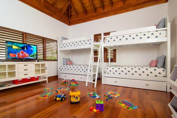 5-bedroom villa for rent in Montego Bay Jamaica 07
