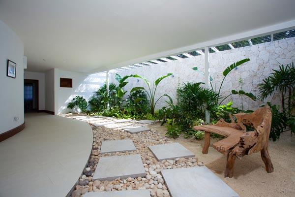 5-bedroom villa for rent in Montego Bay Jamaica 11
