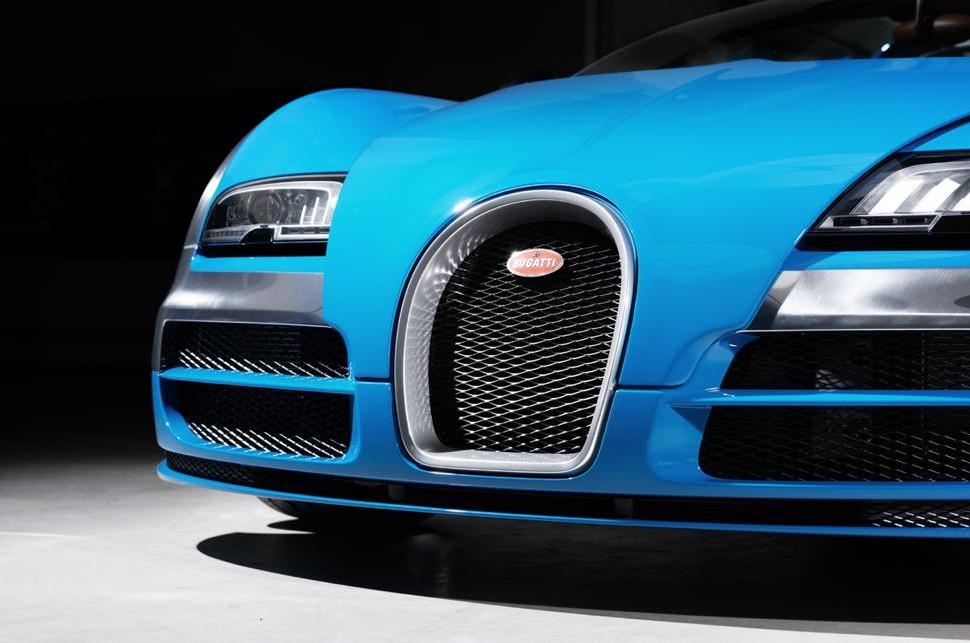 Bugatti Veyron Limited Edition Meo Constantini Legend Car 03