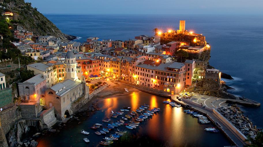 Discover Cinque Terre Italy 01