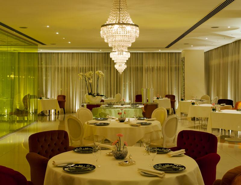 Rhodes Mezzanine Restaurant Dubai