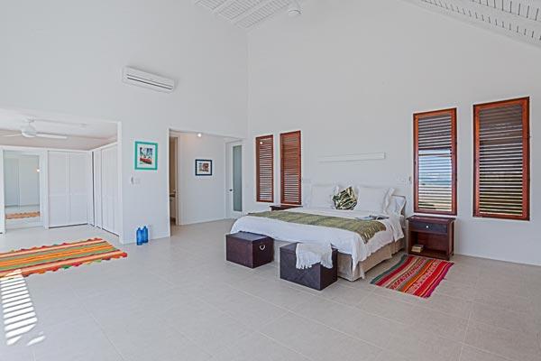 Luxury 6-bedroom Villa in Anguilla 09