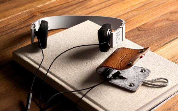 Hard Graft Beoplay leather goods for Bang & Olufsen hardware 04