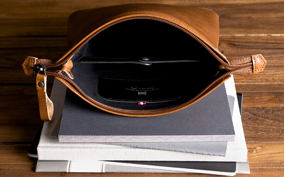 Hard Graft Beoplay leather goods for Bang & Olufsen hardware 07