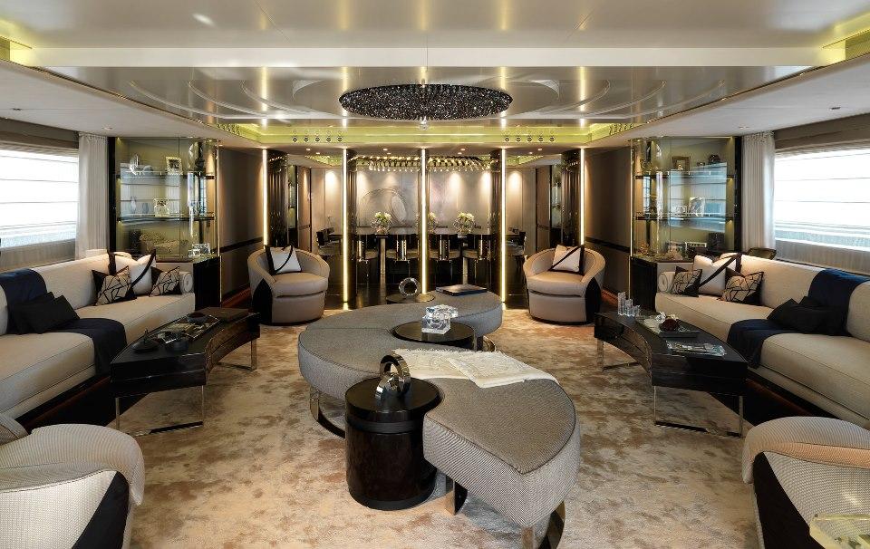 Luxury Motor Yacht Sealyon 11