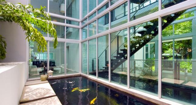 Luxury 4-bedroom waterfront villa Miami 07