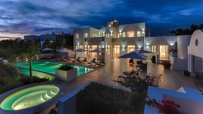 Stunning 5 Bedroom villa in Rendezvous Bay Anguilla pic 1
