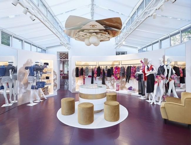 Chanel Saint-Tropez Ephemeral Boutique pic 03
