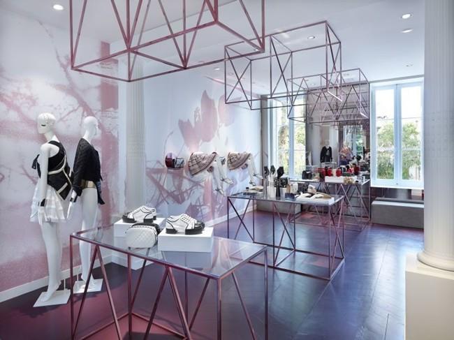 Chanel Saint-Tropez Ephemeral Boutique pic 07