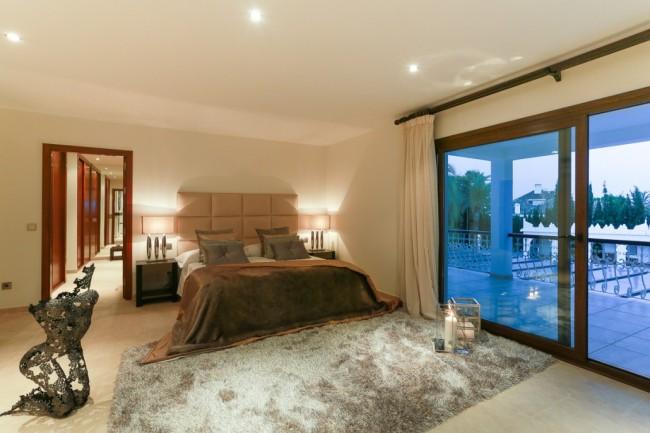 5-bedroom beach villa Marbella 14