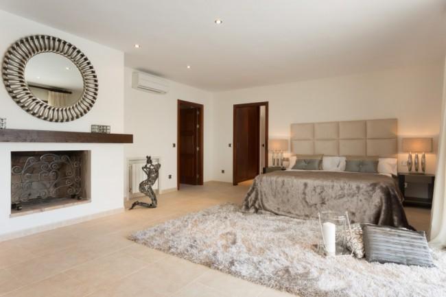 5-bedroom beach villa Marbella 15