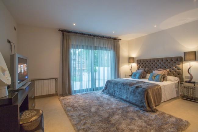 5-bedroom beach villa Marbella 16