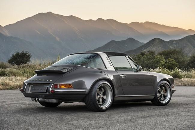 Singer Porsche 911 Targa pic 02