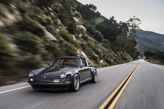 Singer Porsche 911 Targa pic 07