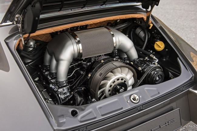 Singer Porsche 911 Targa pic 10