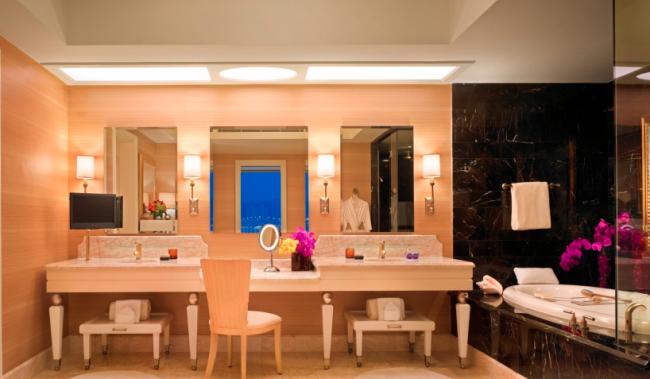 Wynn Macau luxury resort 06