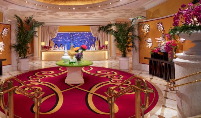 Wynn Macau luxury resort 09