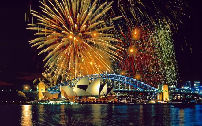 Australia, New South Wales, Sydney, Fireworks over the Opera House,Harbor Bridge