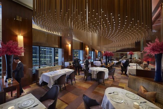 Amber Hong Kong restaurant 01