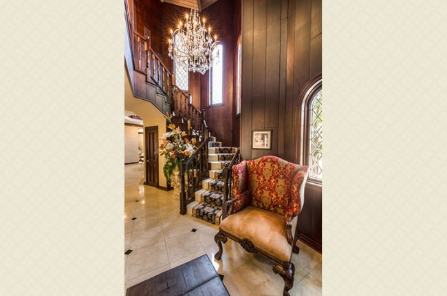 Stunning 7-bedroom Villa in Laguna Hills 16