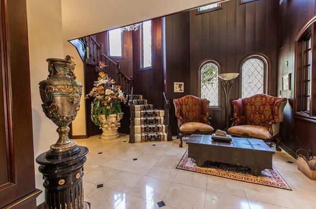 Stunning 7-bedroom Villa in Laguna Hills 17