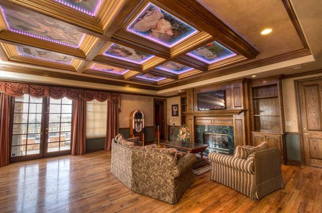 Stunning 7-bedroom Villa in Laguna Hills 18