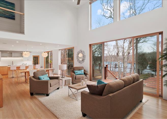 Contemporary 5-bedroom villa East Hampton 05