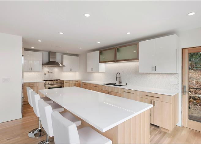 Contemporary 5-bedroom villa East Hampton 07