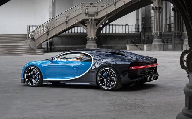 2017 Bugatti Chiron 02